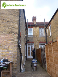 Outstanding Gutter Cleaning in the Area of London