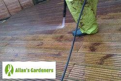 Reliable Patio Cleaning Services in the Area of London